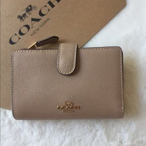 Coach Medium Zip Wallet Taupe Leather